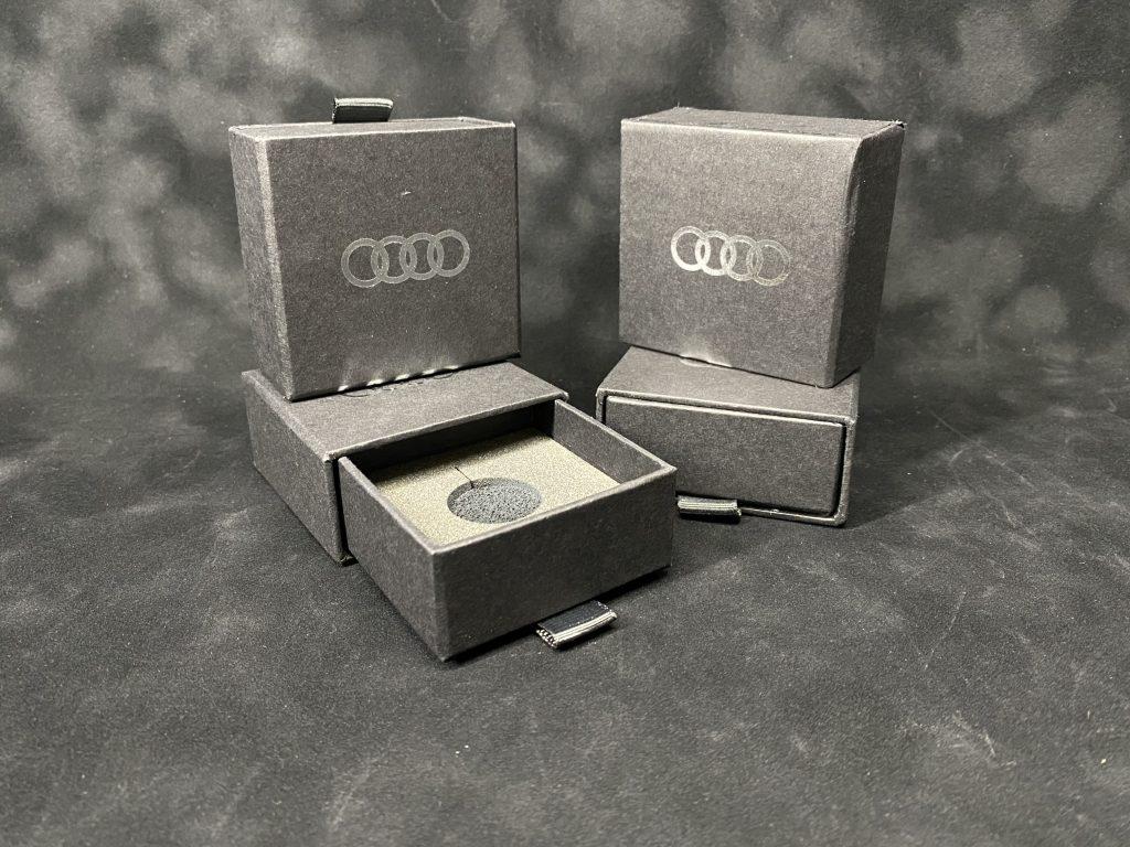 Коробка для сувениров с ложементом